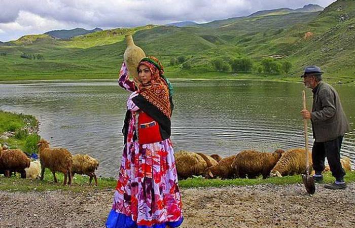 visiter une tribu nomade en Iran