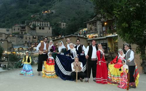 costumes traditionnels des habitants de Gilan